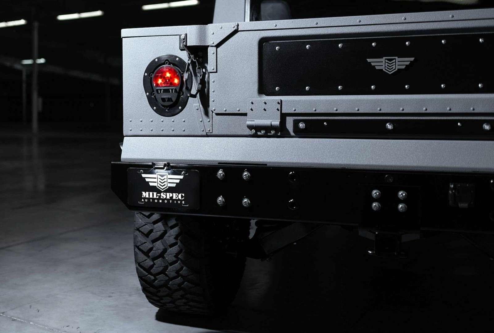 Возвращение «кувалды»: улучшенный Hummer H1поступил впродажу— фото 894624