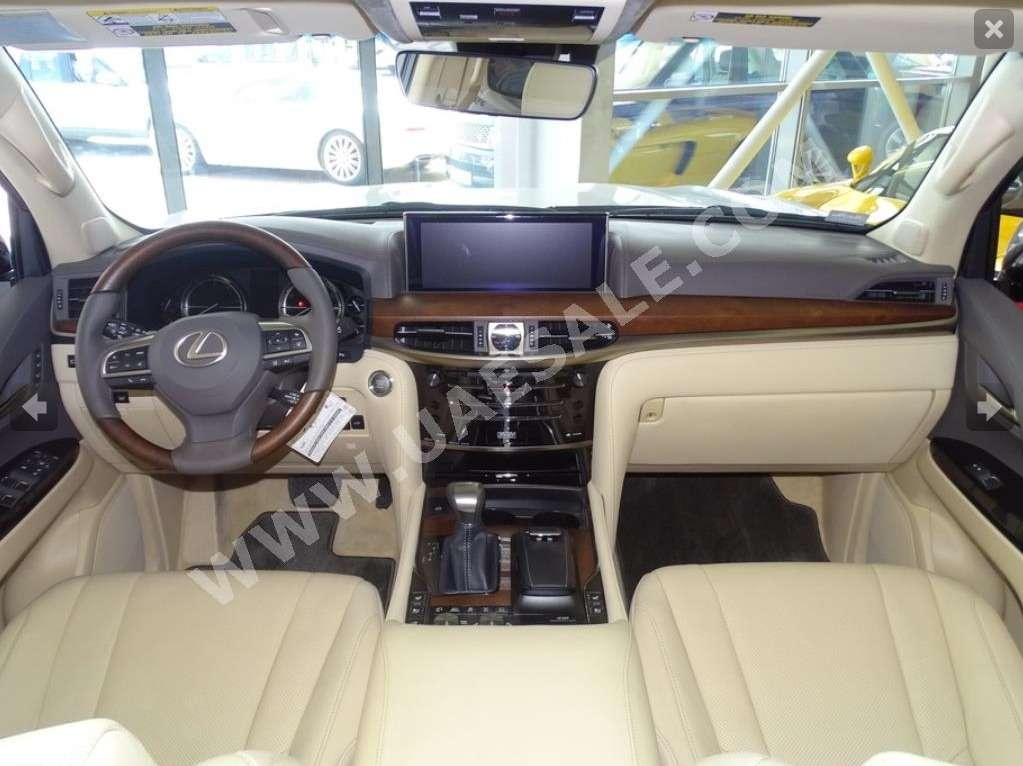 Арабская свежесть: вседорожнику Lexus отрезали крышу— фото 630791
