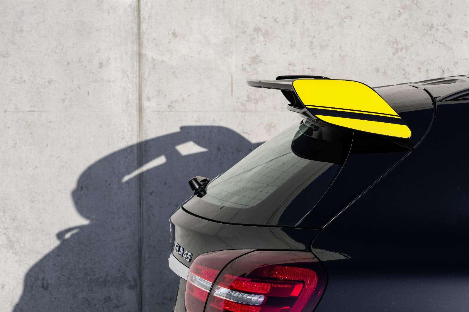 Mercedes-Benz GLA стал краше, нонепросторнее— фото 690081