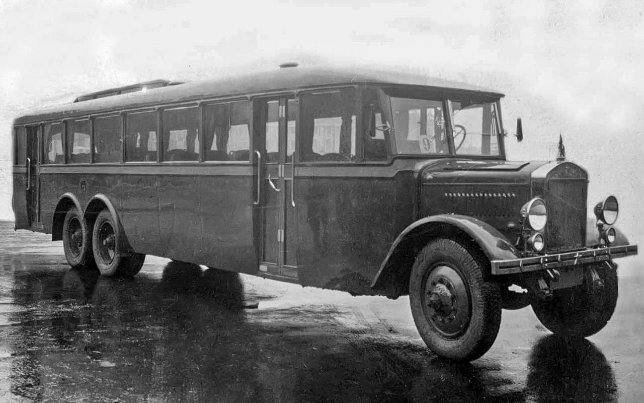 Таких автобусов мыне видели!— Гигант ЯА‑2— фото 1275750