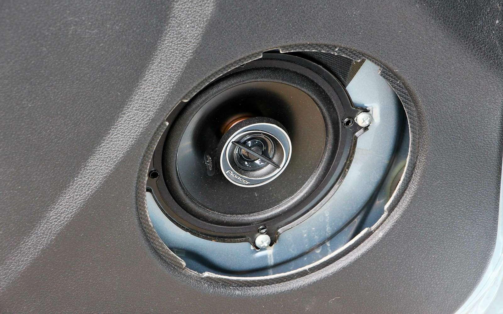 Datsun mi-DO: сравниваем двухлетний хэтчбек сновым— фото 776825