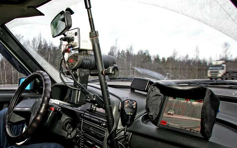 Радар в машине ДПС