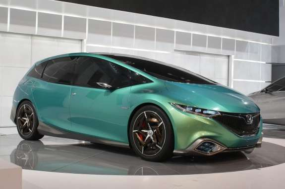 Honda Concept S side-front view