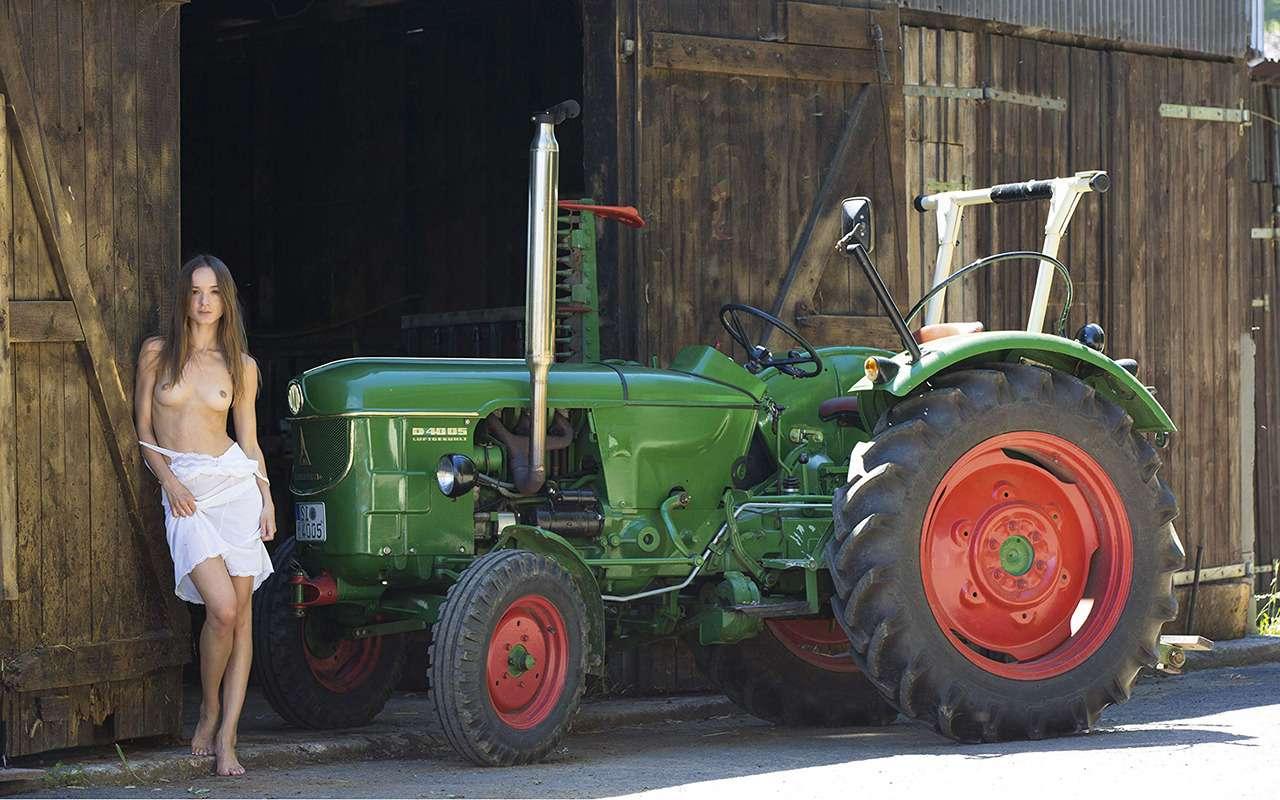 Девушки исельхозтехника: задорный календарь на2019год— фото 930416
