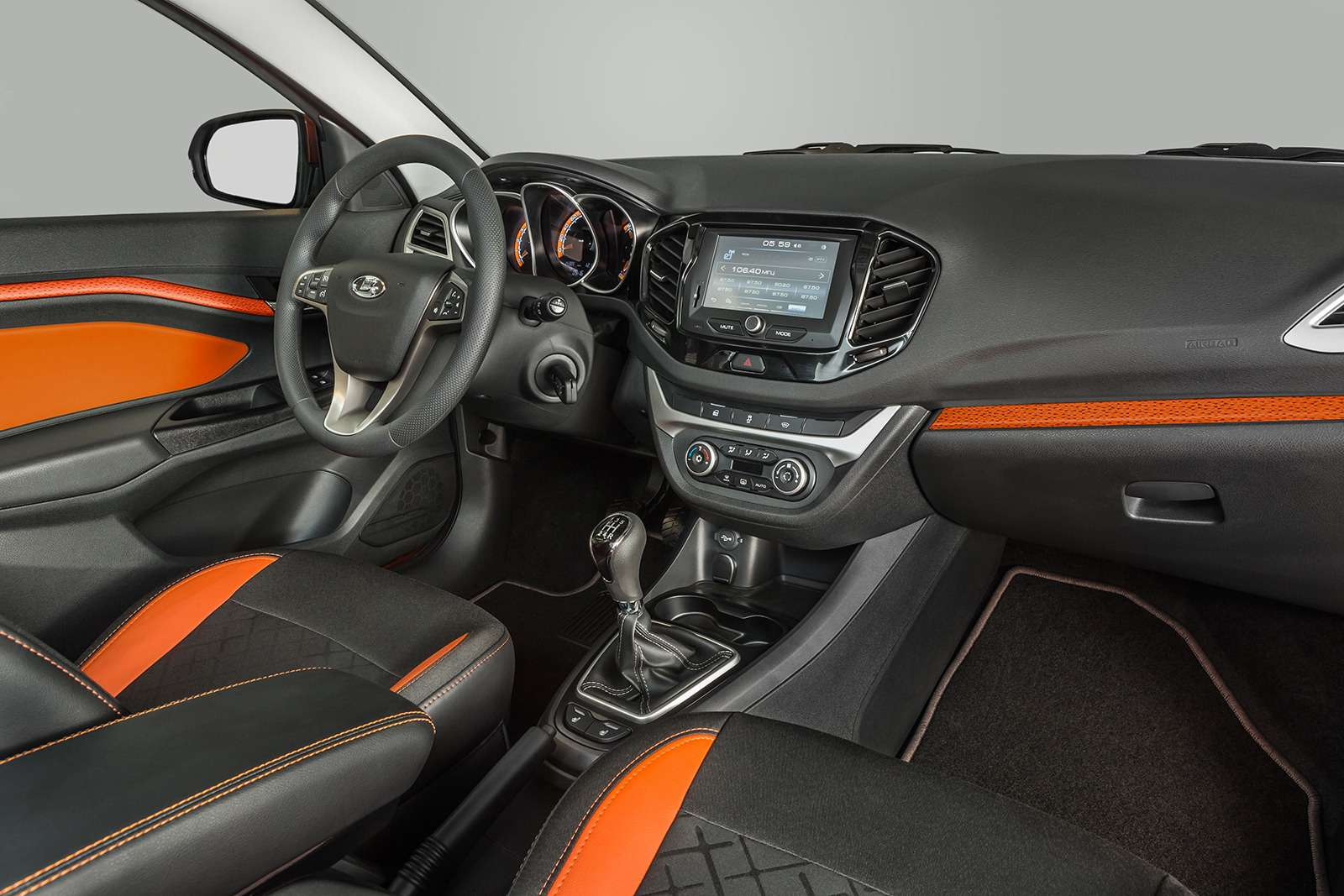 Началось производство универсалов Lada Vesta SWиSWCross— фото 793307