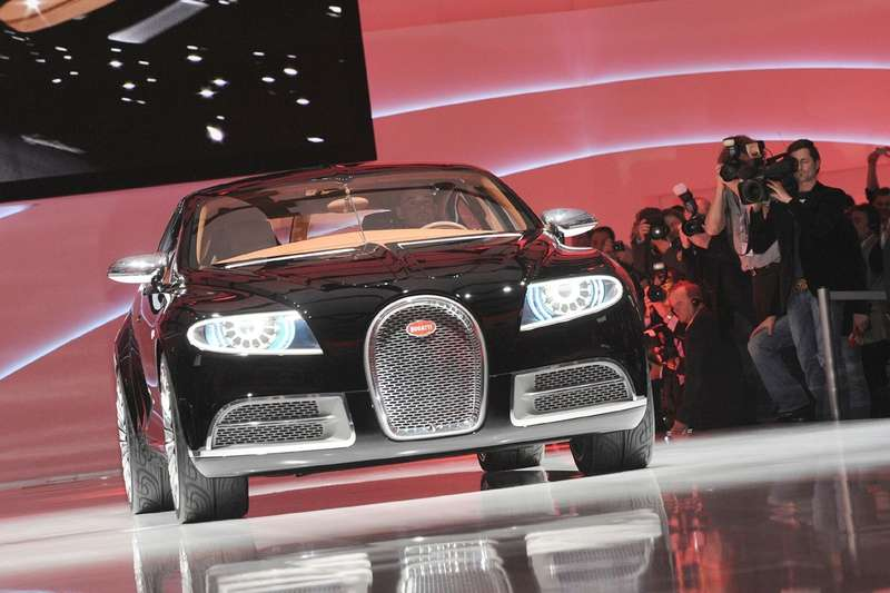 Bugatti Galibier Concept front view_no_copyright