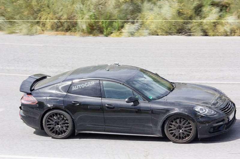 Porsche заявится вПариж сновым «сараем»