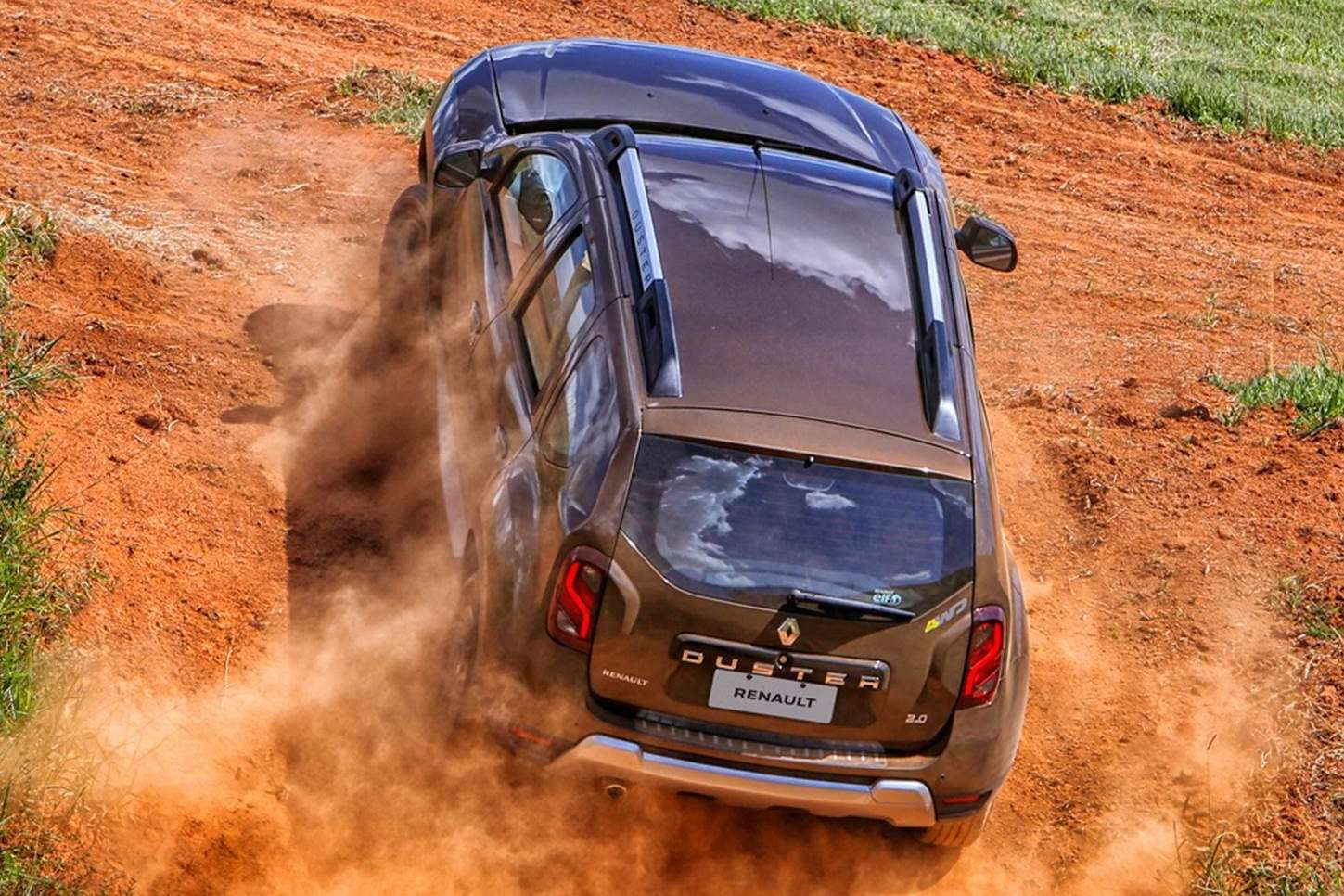 2016-renault-duster-launched-with-new-look-better-economy-in-brazil-photo-gallery_9