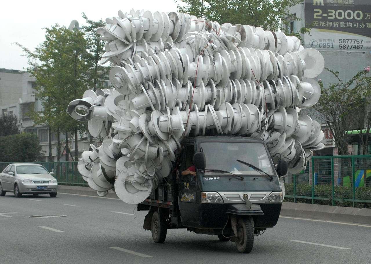 Осторожно— перегруз! Как забивают машины подзавязку— фото 906682