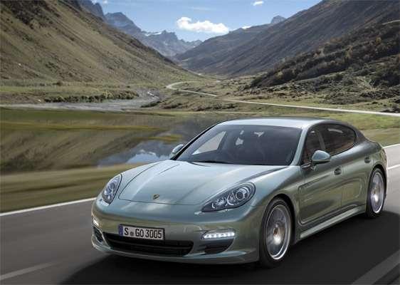 Самый экономичный Porsche представлен вГермании