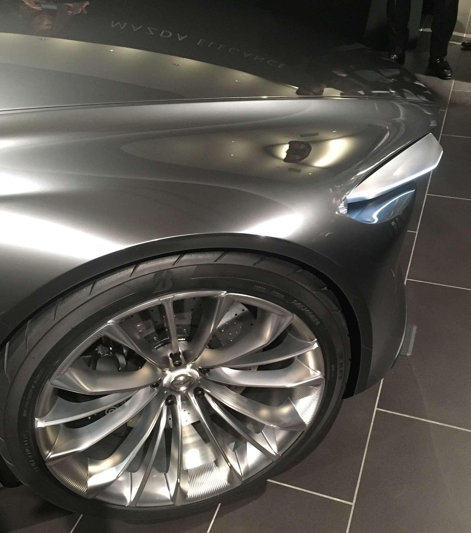 Больше света: Mazda представила обновленную дизайн-концепцию— фото 808887