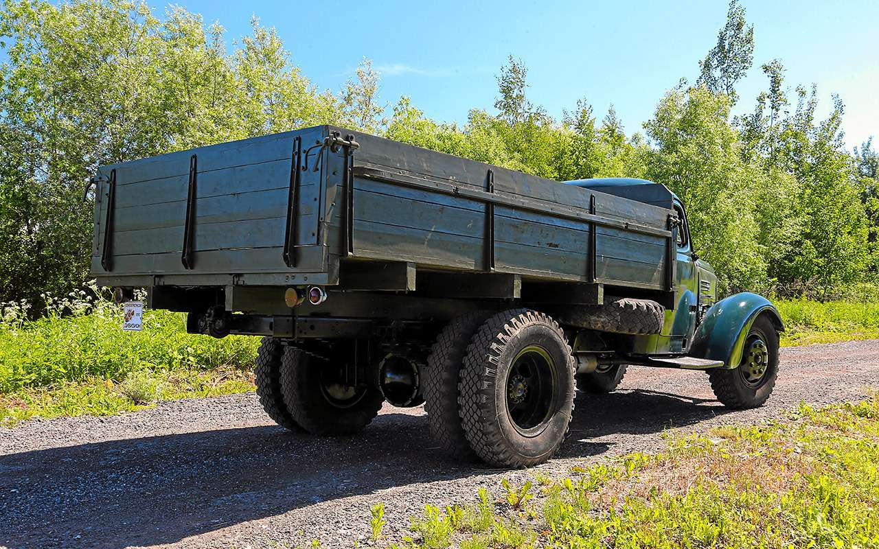Заслуженный грузовик СССР— ретротест ЗИС-150— фото 1150089