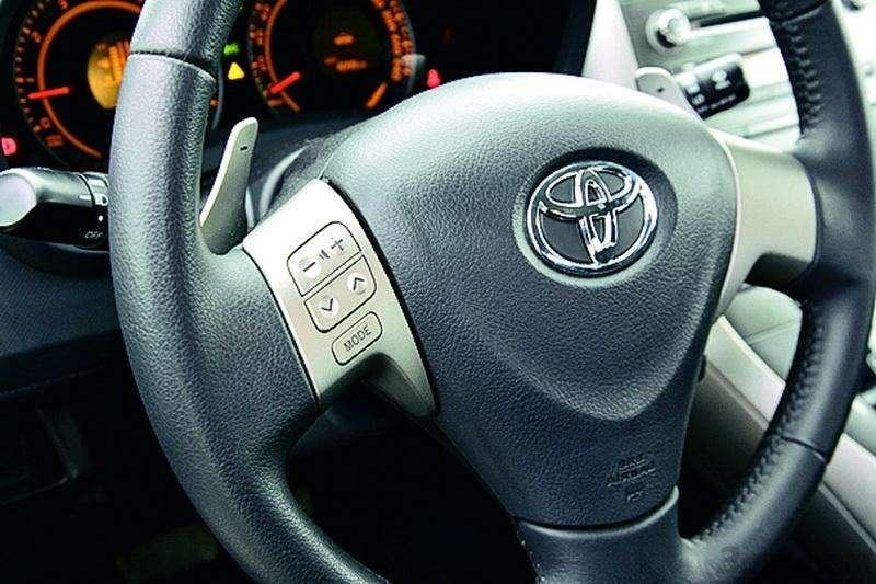 Toyota Auris, Mitsubishi Lancer, Nissan Tiida, Citroen C4: Имею желание…— фото 92583