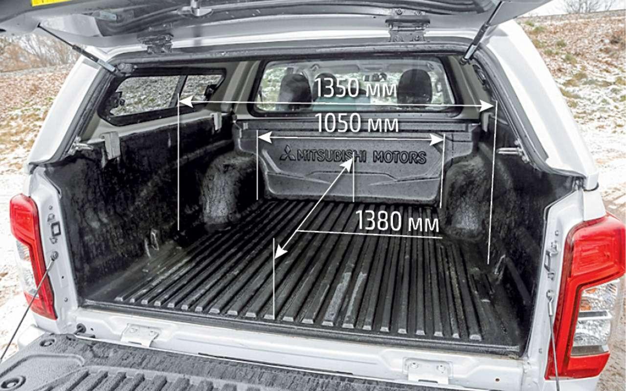 Сравнили пикапы: Mitsubishi L200и большого «китайца»— фото 1223965