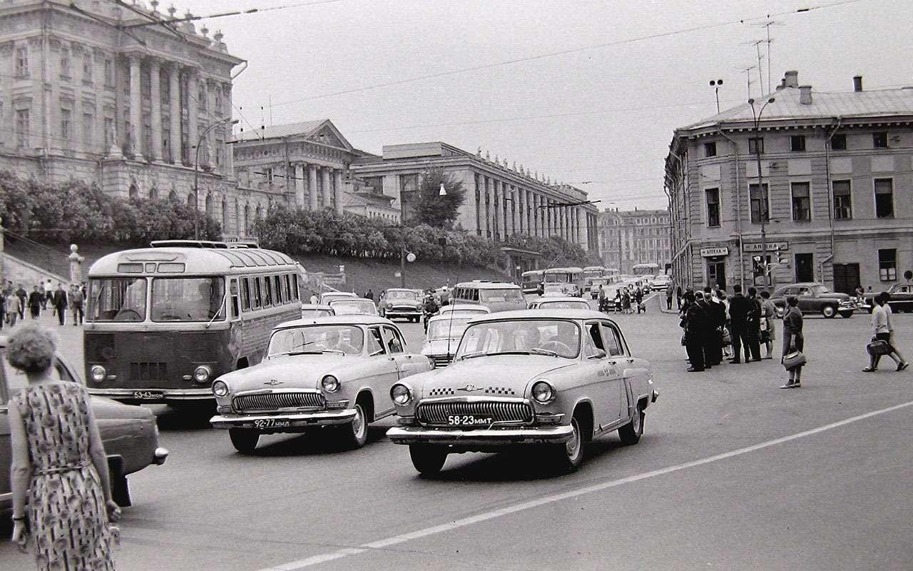 Всетакси СССР: лимузины, кабриолеты, иномарки— фото 1140120