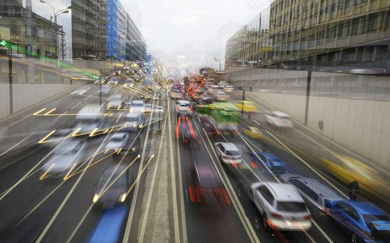 Названы самые автомобильные города России