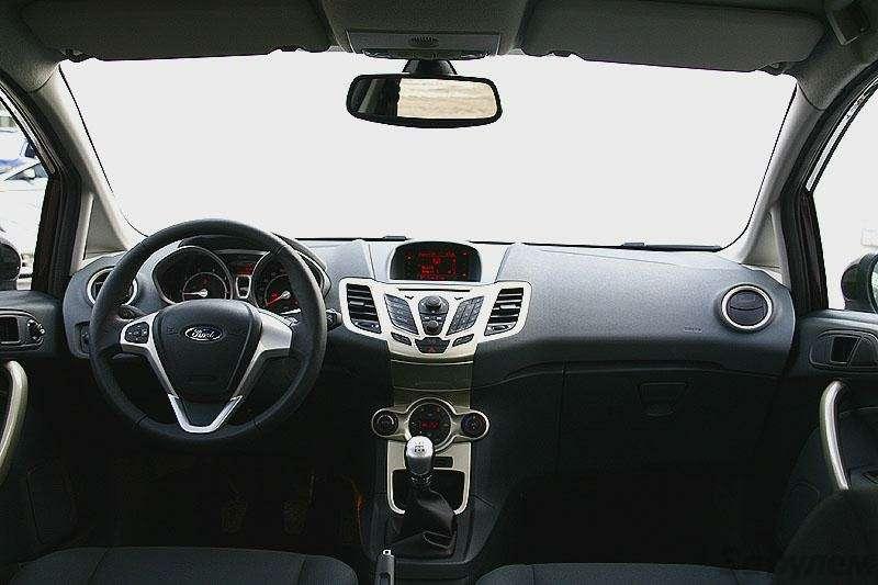 Новый Ford Fiesta: первое знакомство (ВИДЕО)— фото 5780