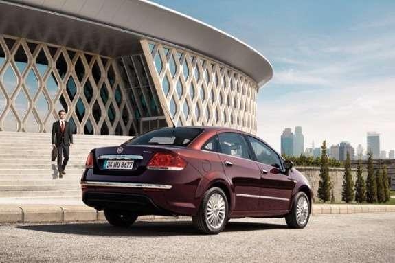 Fiat Yeni Linea side-rear view