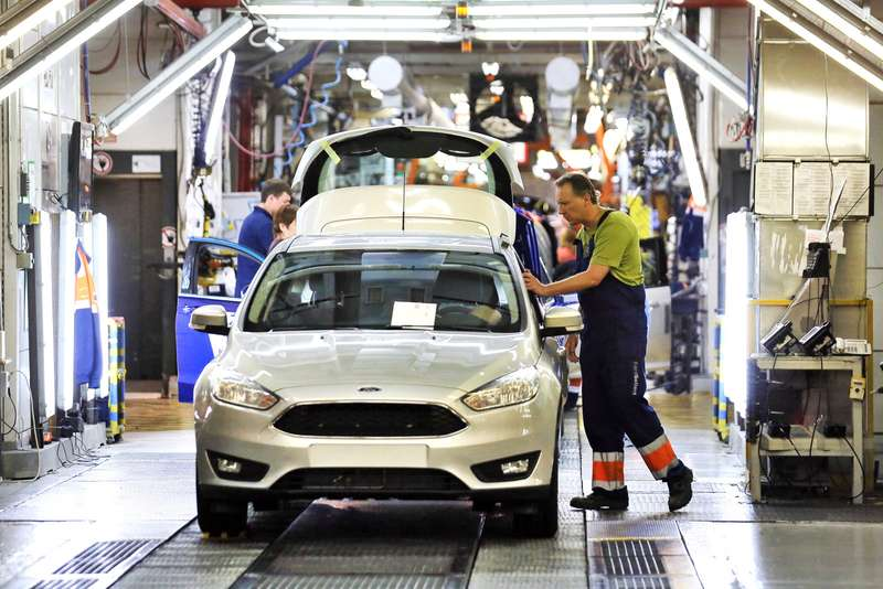 Production ofnew version ofFord Focus begins atFord Sollers factory inRussia