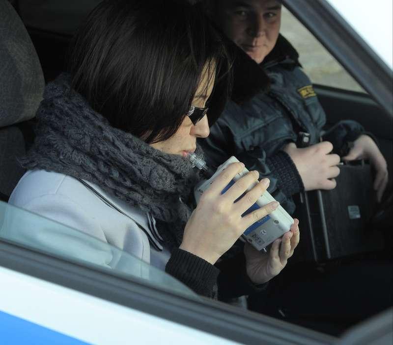Кабмин выясняет, почему водители отказываются отпроверки наалкоголь