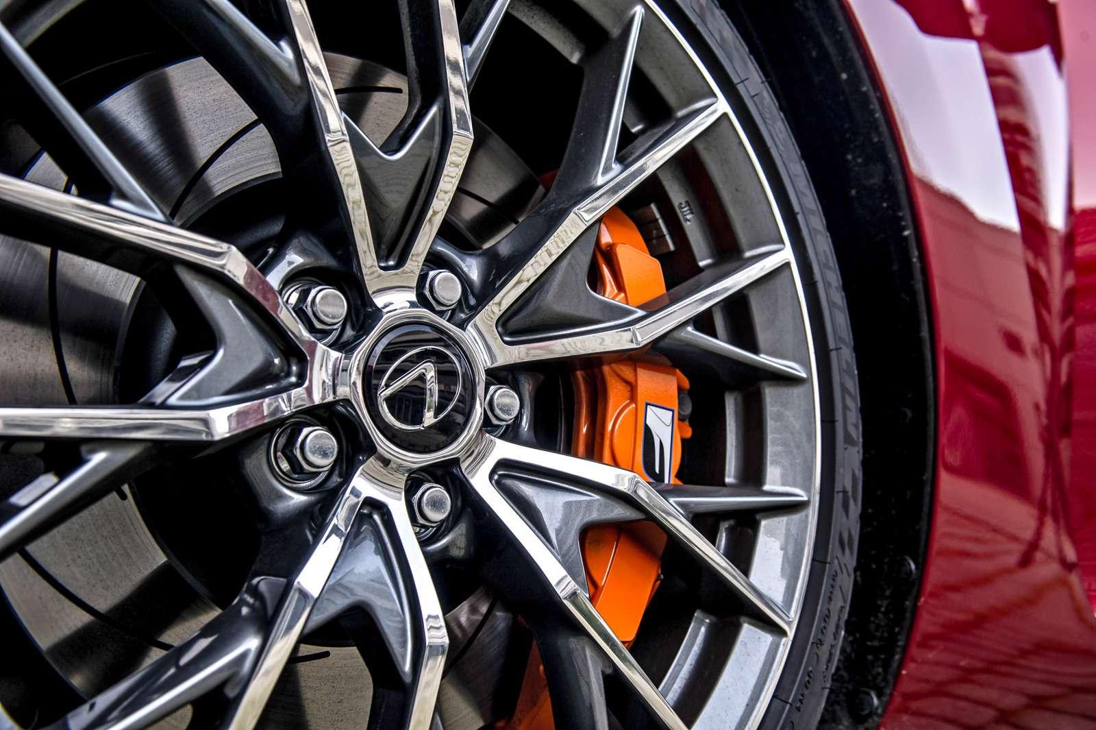 Тест Lexus GSF: обойдемся без пульсометра— фото 594076