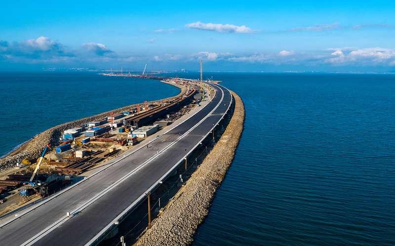 12вопросов про Крымский мост иодин— про универсалы Лада Веста