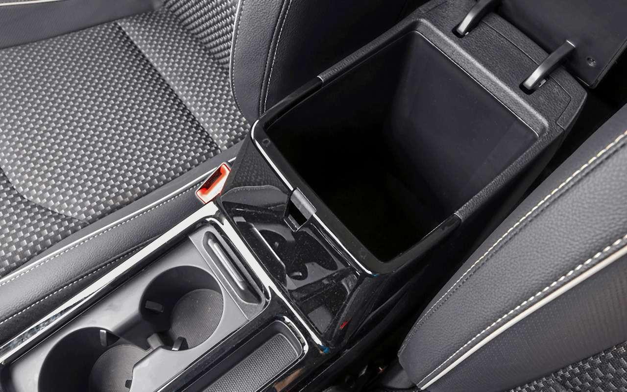 Большой тест универсалов: Ford против Kia— фото 959177