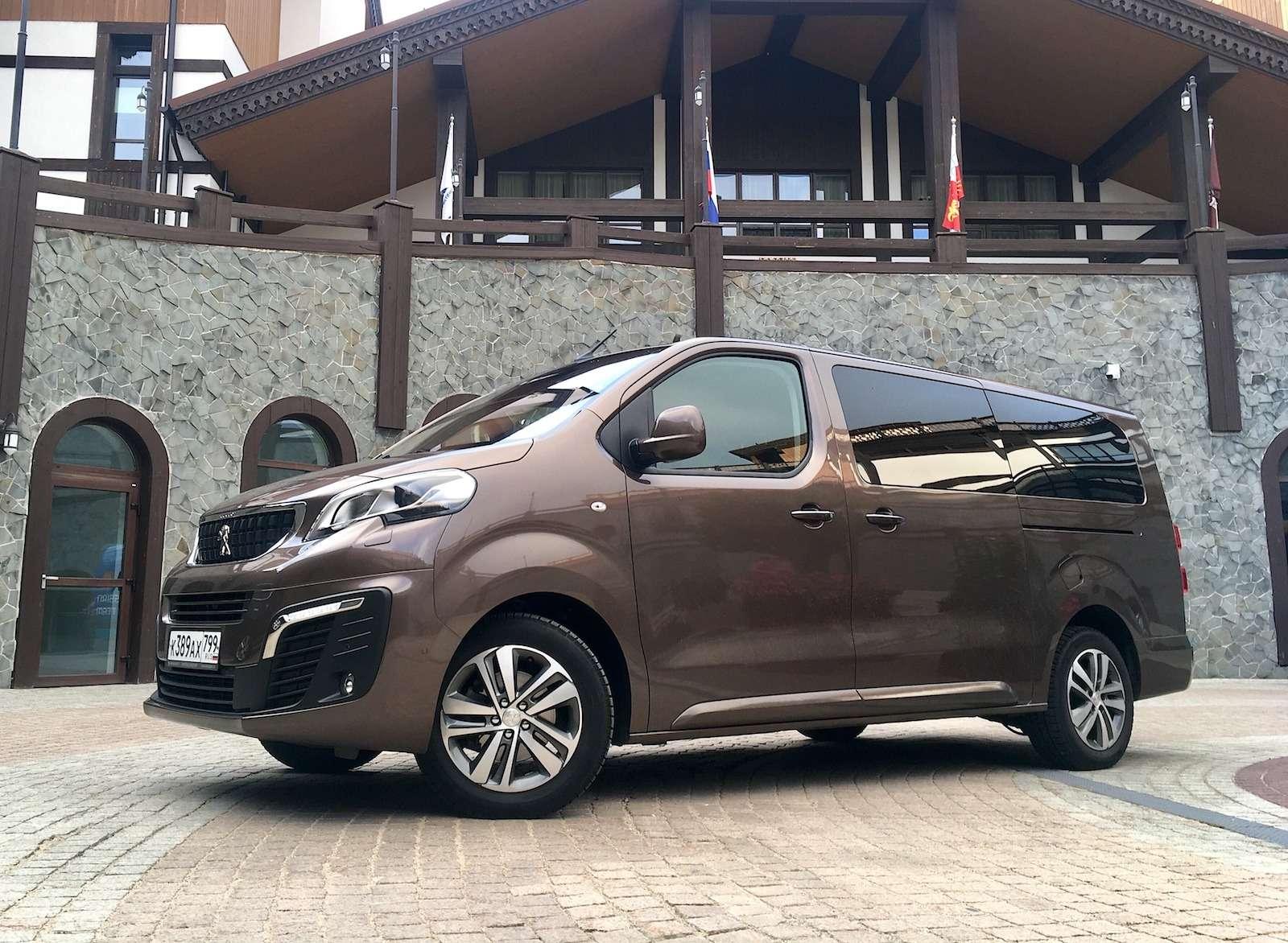 Peugeot Traveller VIP Business: сообразим насемерых?— фото 905232