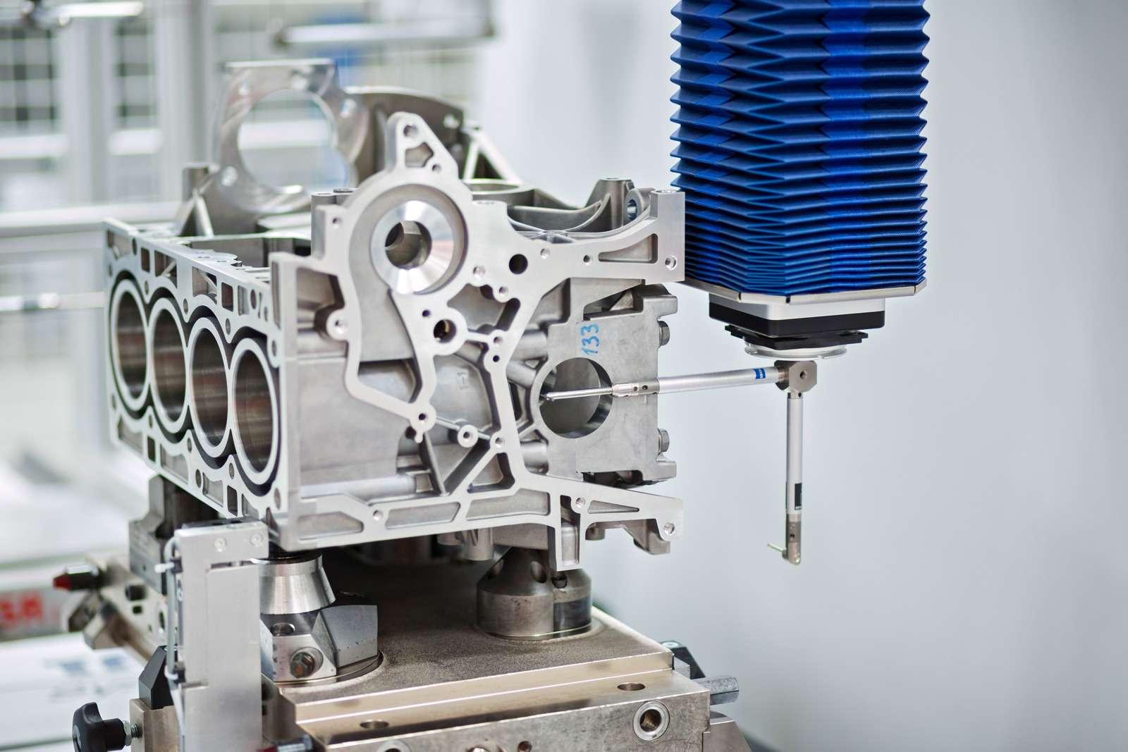 Каксобирают моторы Ford вЕлабуге— фото 595371
