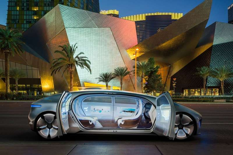 Mercedes-Benz-F015_Luxury_in_Motion_Concept_2015_1600x1200_wallpaper_0e
