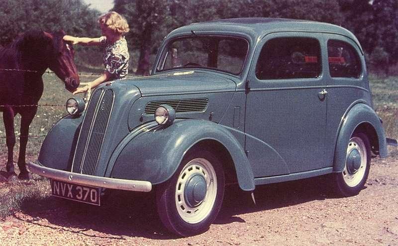 Ford Popular не вполне оправдал свое название. С 1953 по 1959 год было построено всего чуть более 155 тысяч таких архаичных моделей. Покупатели силились отличить их от модели Anglia, выпускавшейся с 1939 по 1953 год, и от модели 7Y, которую делали с 1938 по 1939 год, и от модели Ten 7W (1937 - 1938 гг.). Кроме того, машина имела немало общего с действительно успешным Ford Prefect (свыше 390 тыс. с 1938 по 1953 год). Интересно, что машины именно этого семейства в 1939 году выбрали в качестве прообраза для советской малолитражки КИМ-10