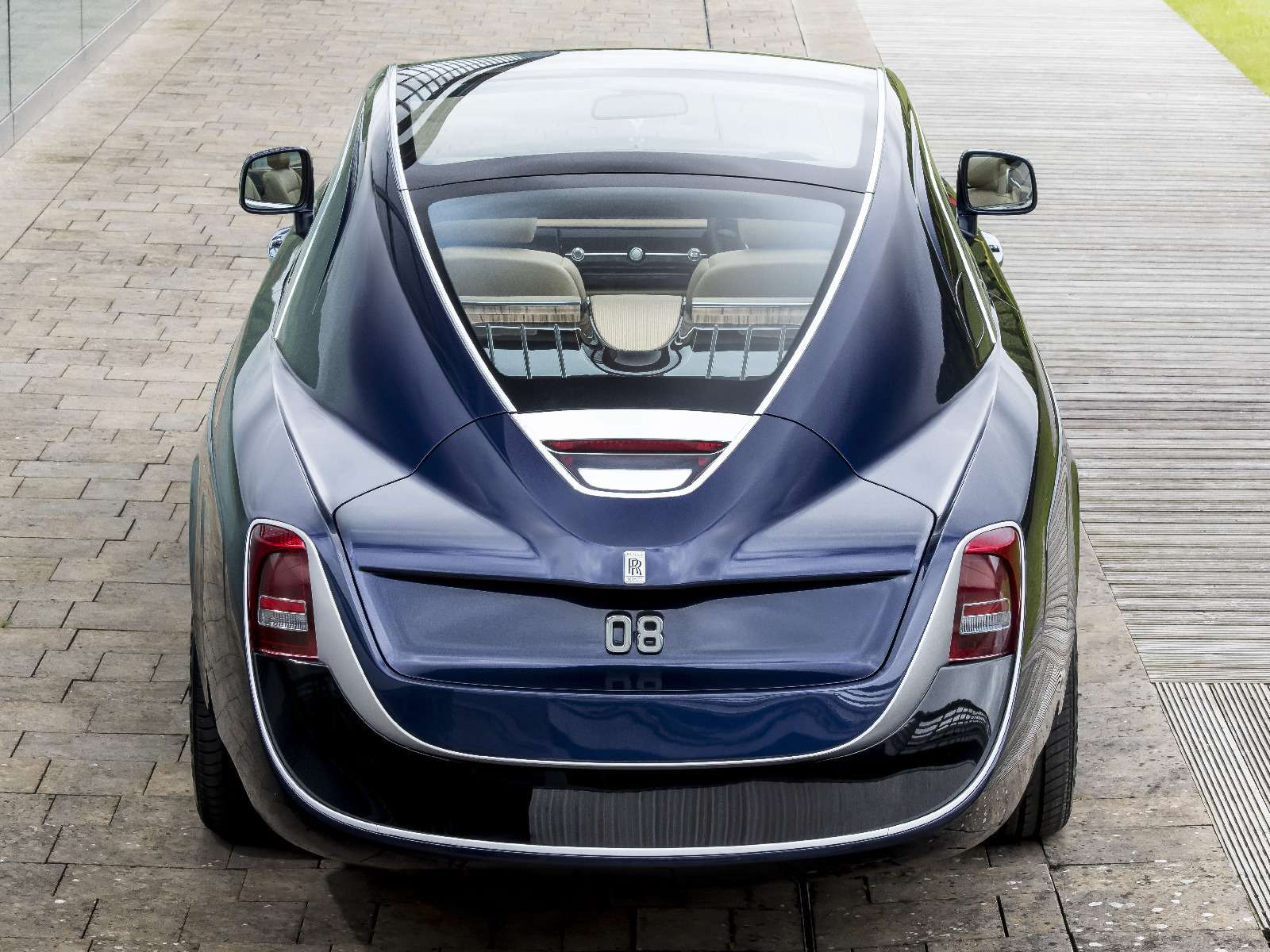 Rolls-Royce Sweptail: хозяин заплатил занего «страшную» цену— фото 757951