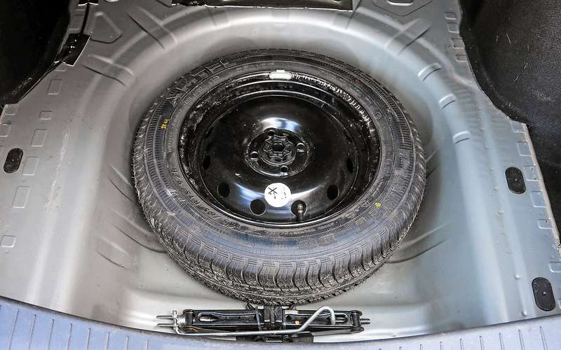 Nissan Almera навторичке: 3достоинства ивсе неисправности