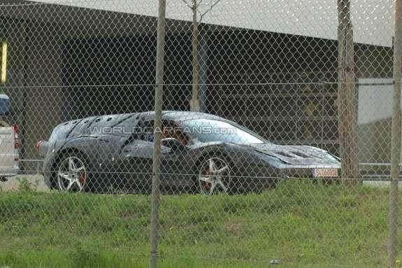 Ferrari Enzo successor test prototype side-front view