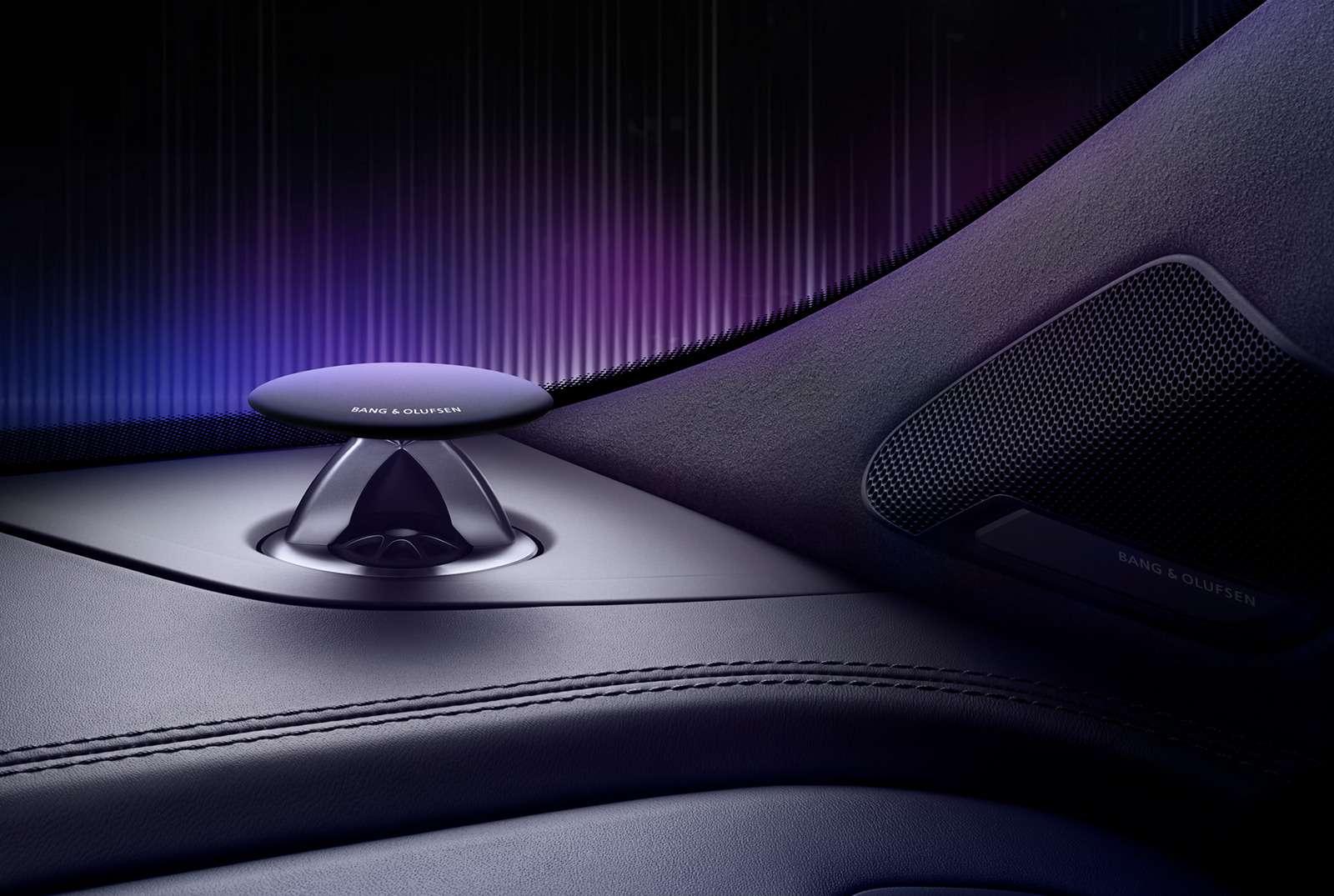 Audi Q7получил спецверсию дляроссийских меломанов— фото 783199