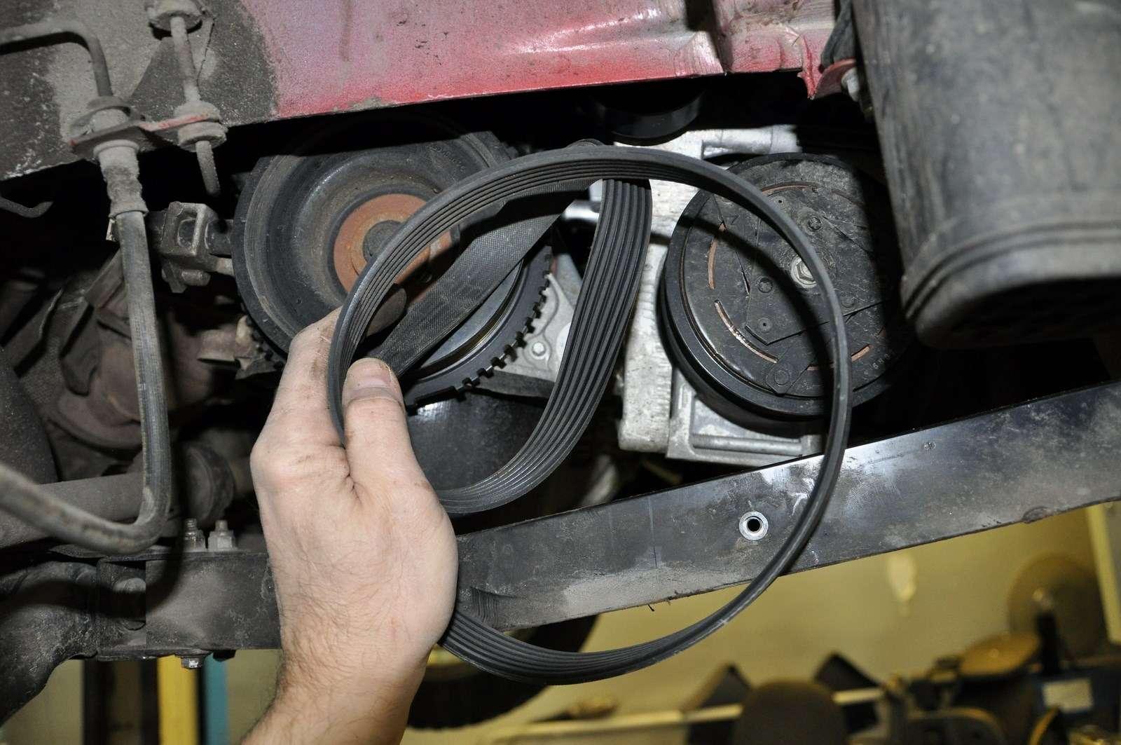 Lada Vesta: проверка изамена ремня привода вспомогательных агрегатов— фото 568592