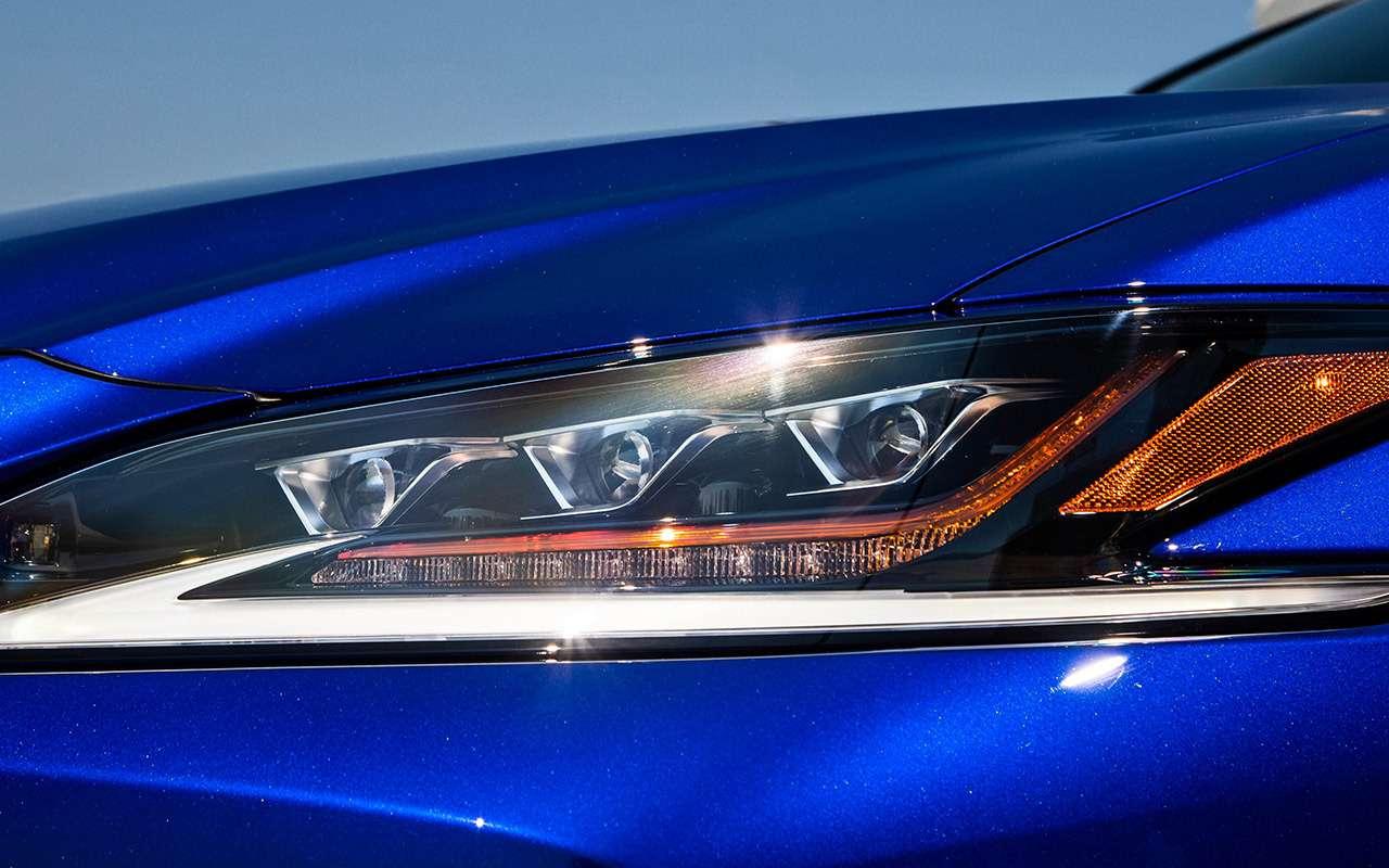 Новый Lexus ES— тест самых «вкусных» модификаций— фото 892656