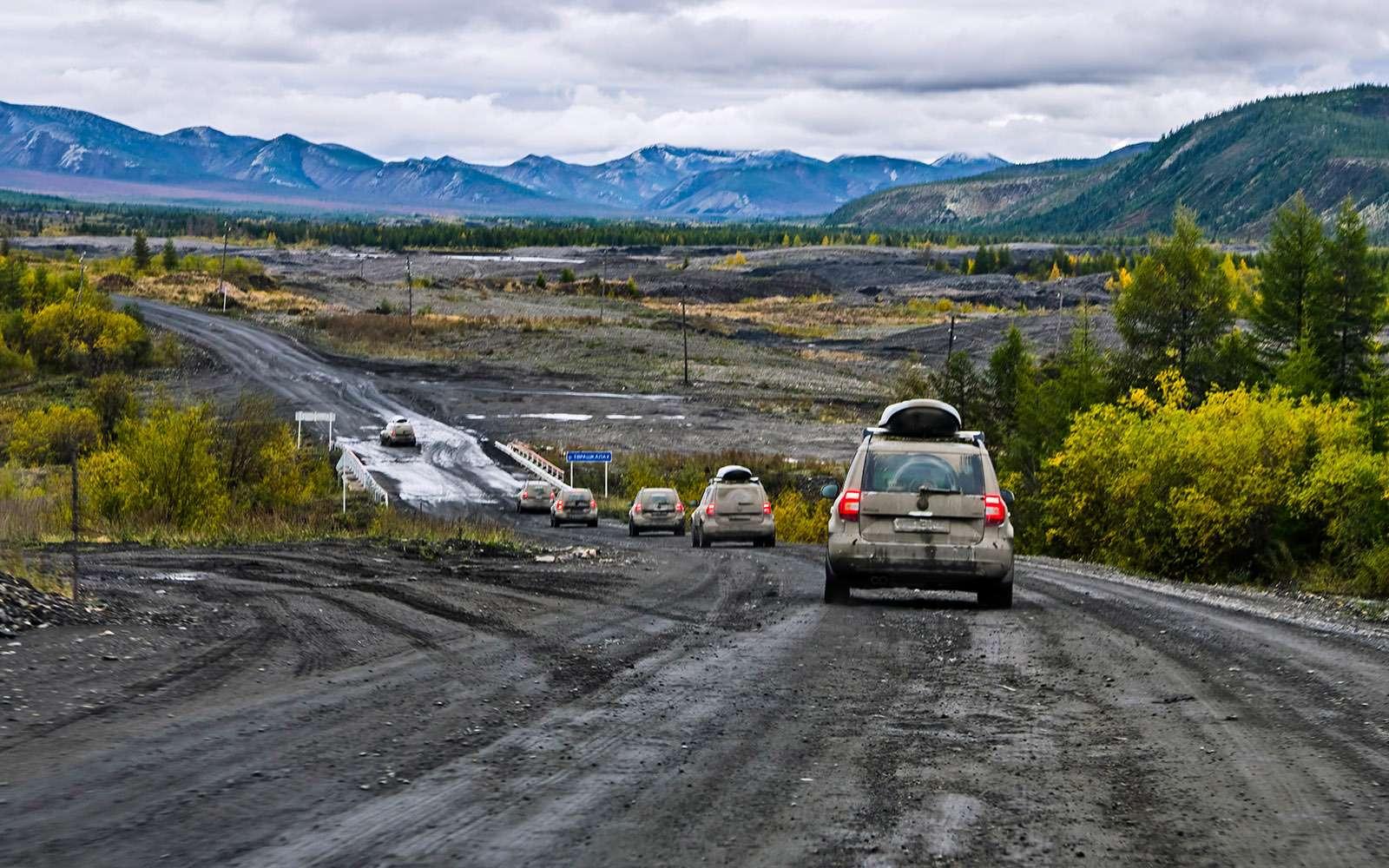 Тряска накостях: ужасы икрасоты трассы «Колыма»— фото 670351