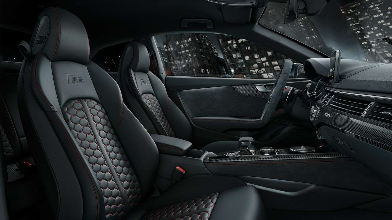 МАКС-2017: премьера Audi SQ5и RS5и гонки ссамолетами— фото 777834