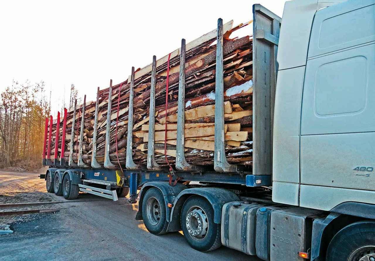 Алюминиевые прицепы-лесовозы Benalu: больше груза заодин рейс— фото 1138187
