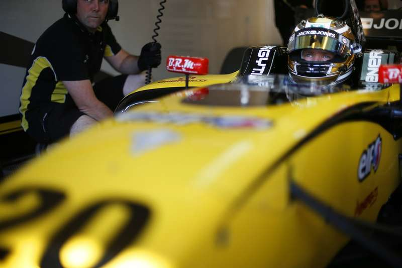 AUTO   WORLD SERIES BY RENAULT HUNGARORING 2013