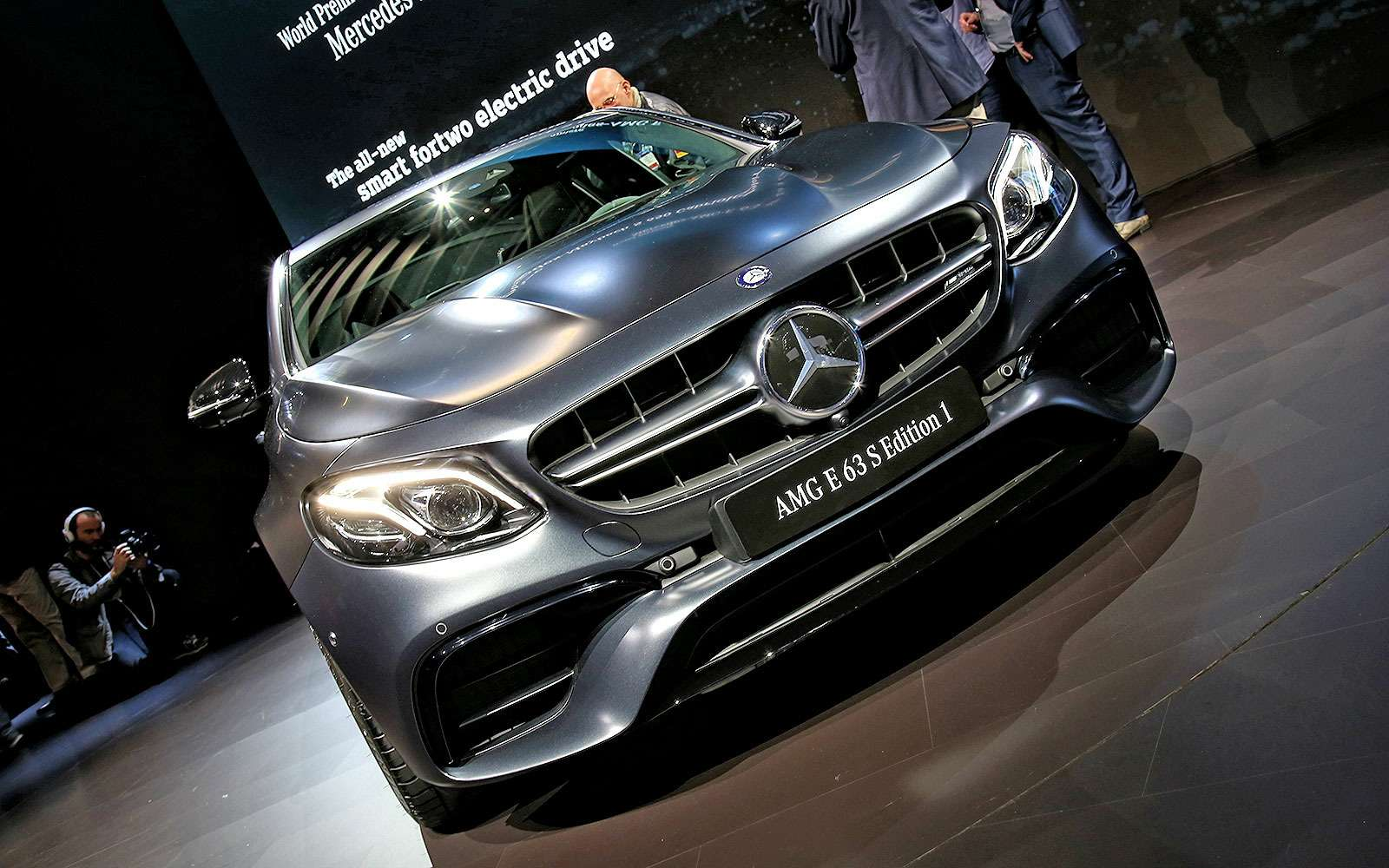 Грозовой фронт: Mercedes-AMG E63— один измощнейших дебютантов Лос-Анджелеса— фото 665099