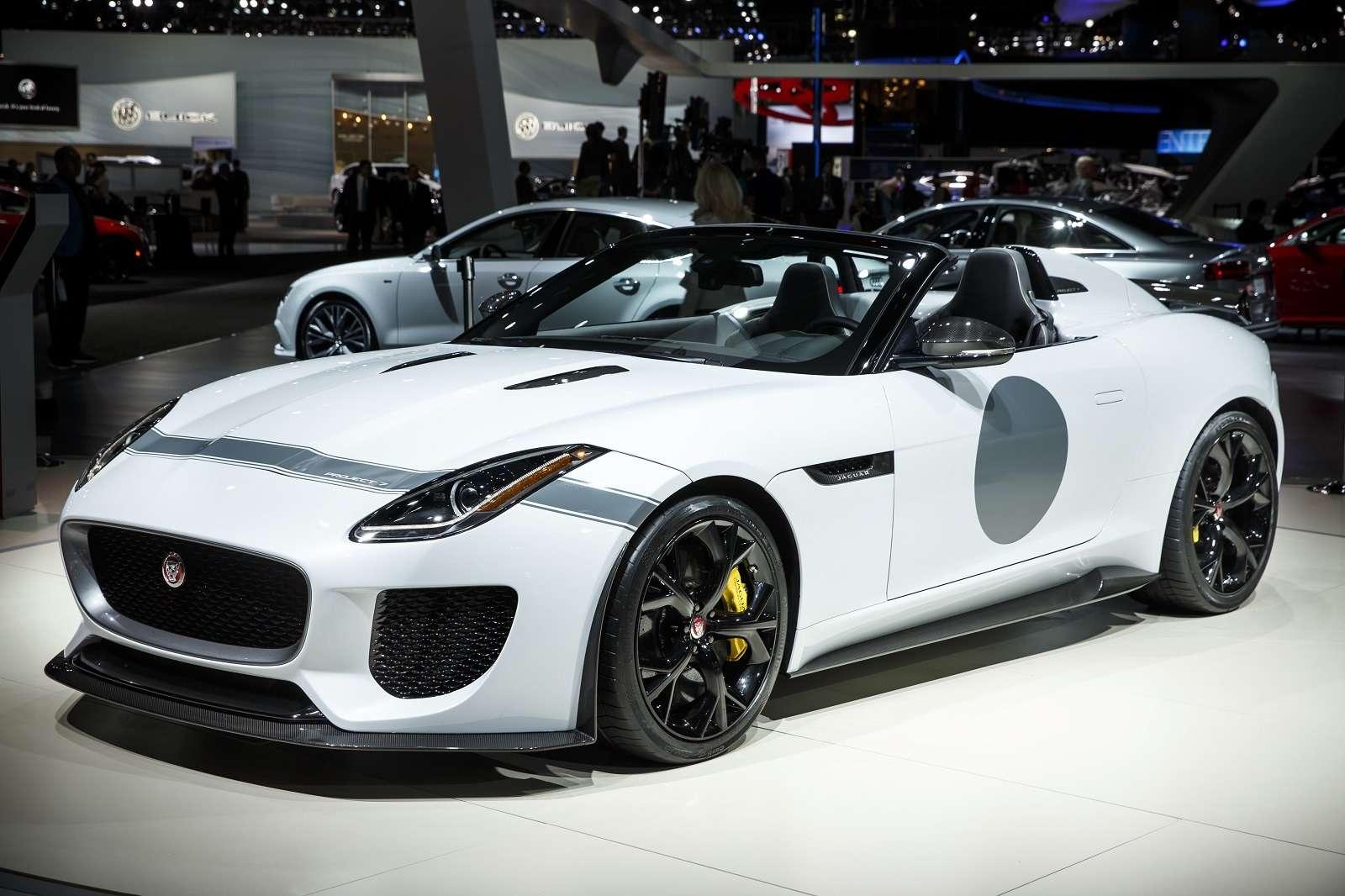 Jaguar F-Type 2016 модельного года получил полный привод— фото 361323