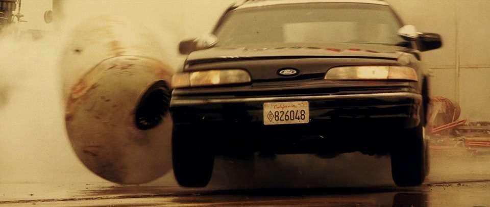 Легенда полиции икино Ford Crown Victoria уходит напокой— фото 792804