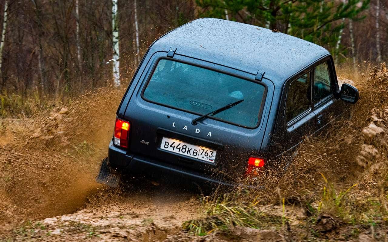 Тест-драйв легенд бездорожья: Lada 4x4, Suzuki Jimny, Jeep Wrangler— фото 1089446