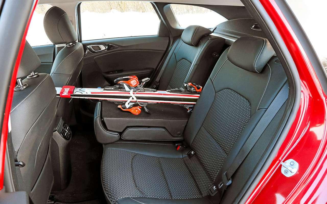 Большой тест универсалов: Ford против Kia— фото 959178
