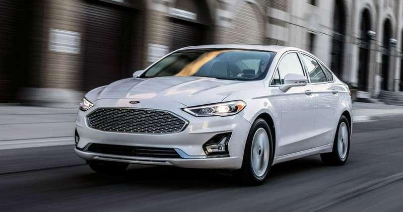 Ford прекратит выпуск двух моделей