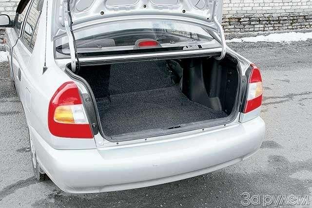 Тест-драйв Hyundai Accent, Chery Amulet. Восточные единоборцы— фото 65102