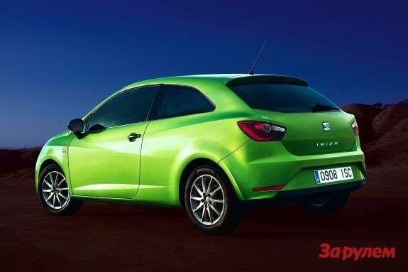 SEAT Ibiza SCside-rear view