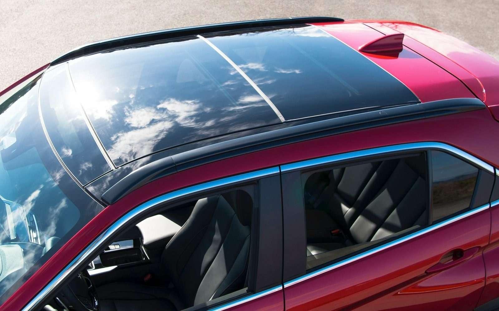Mitsubishi Eclipse Cross: первые фотографии— фото 713868